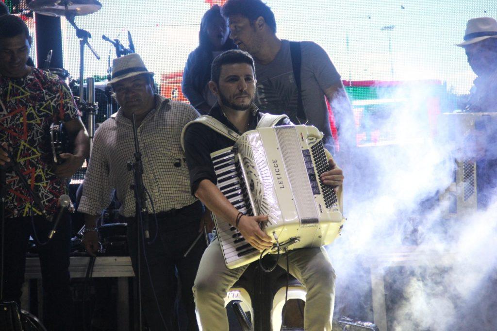 Encontro de sanfoneiros e show em praça publica marcam o 1º dia de Forropad, em Bernardino Batista!