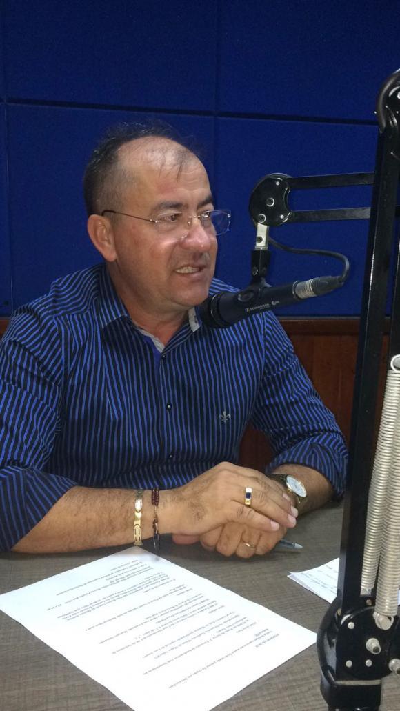Prefeito Gervazio Concede entrevista em programa de radio