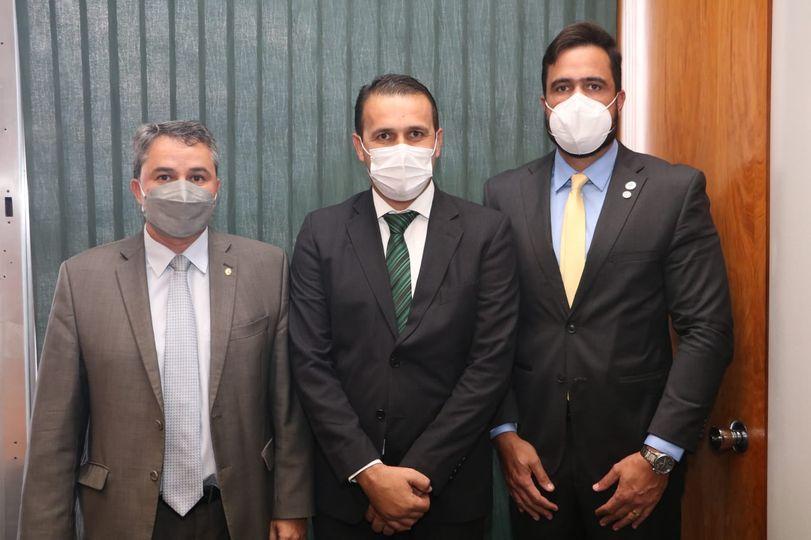Prefeito Aldo Andrade se reúne com Presidente da FUNASA em Brasília.
